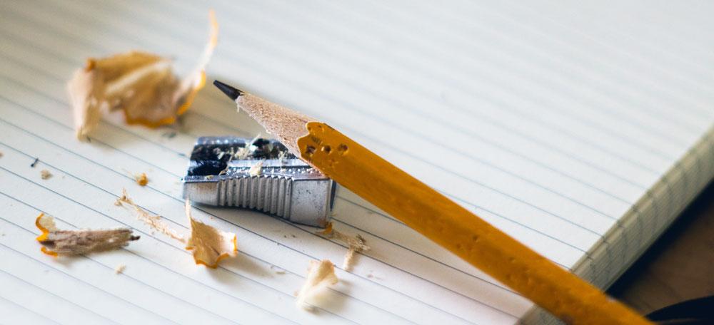 Välvässad blyertspenna