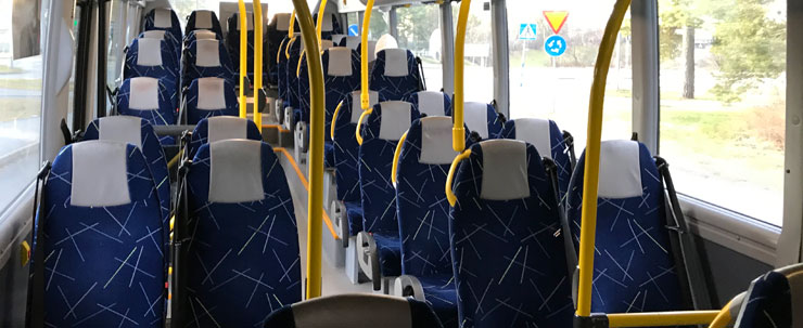 en tom buss